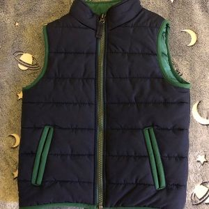 Carters size 4t boys puffer vest